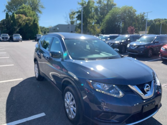 Pre-Owned 2016 Nissan Rogue AWD S