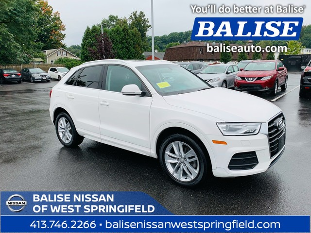 Pre-Owned 2017 Audi Q3 AWD Premium Plus
