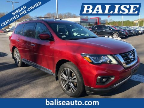 Certified Pre-Owned 2017 Nissan Pathfinder 4WD Platinum With Navigtion