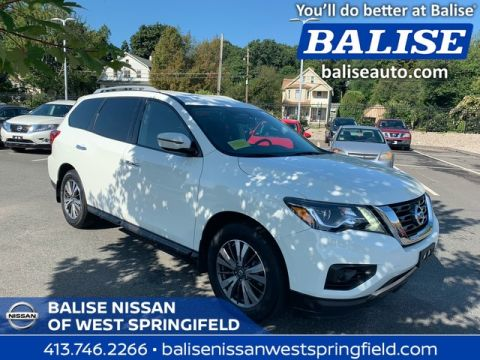 Pre-Owned 2017 Nissan Pathfinder 4WD S